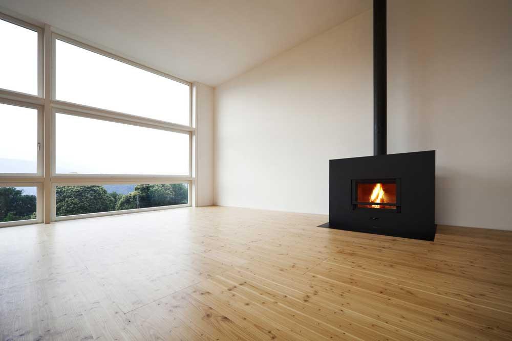 Een mooie vloer met houtkachel